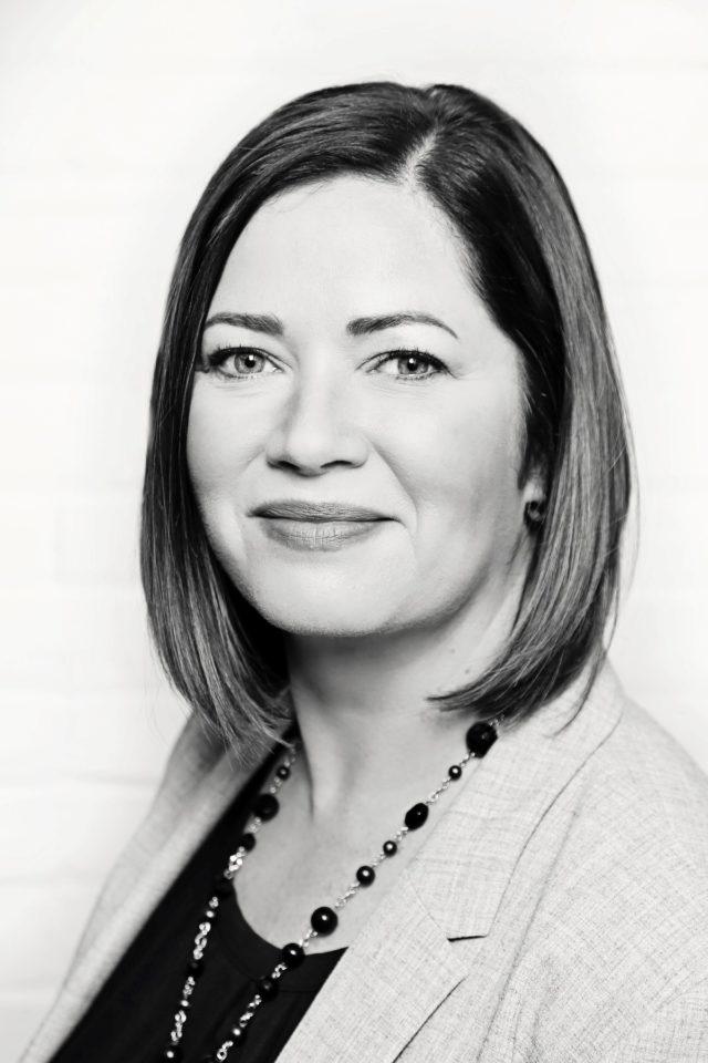 Alison Newton - headshot